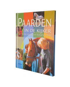 BR Boek: NL Paarden in de kijker