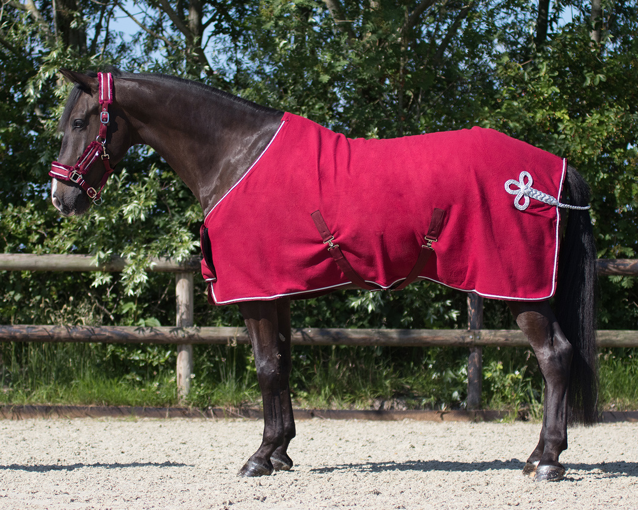 QHP Deken fleece ornament